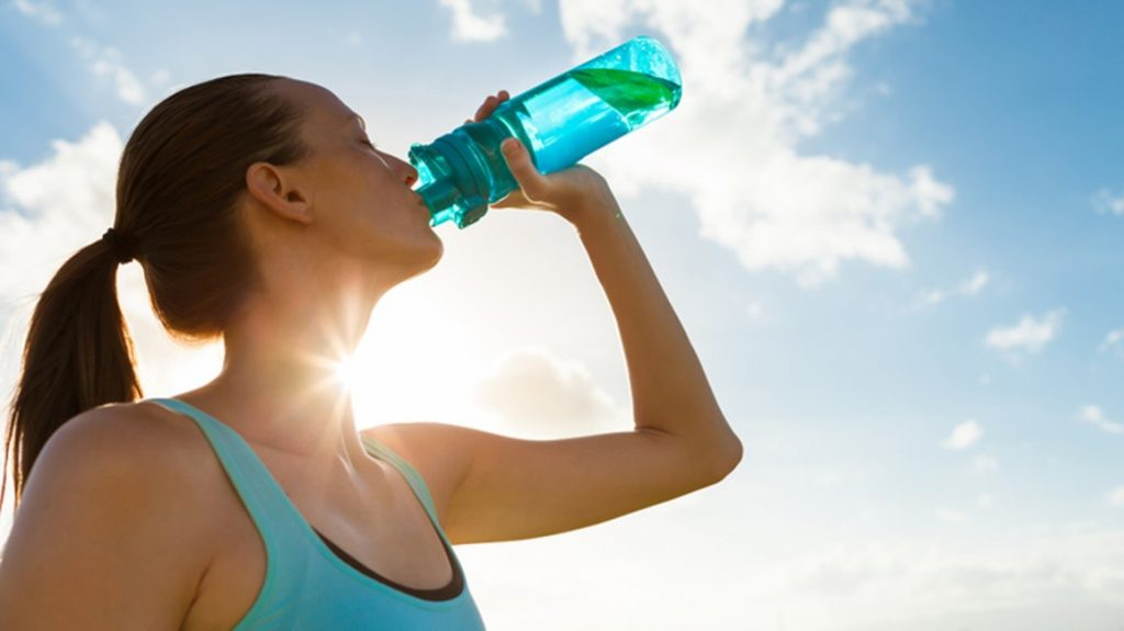 how many liters of water a day